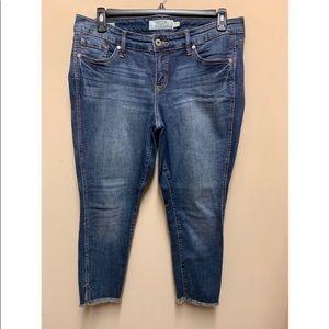Torrid Sz 12 Cropped Jeans with Raw Hem